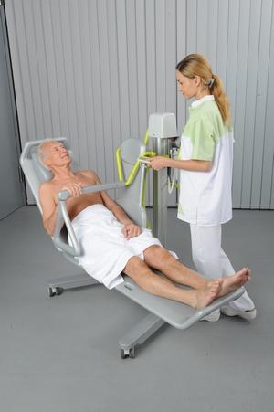 NOVUM 2000 Seat Lift - Caretua Ltd
